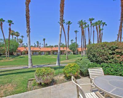 VS738 - Palm Valley CC - PLATINUM MEMBERSHIP! 2 Master Suites - Palm Desert