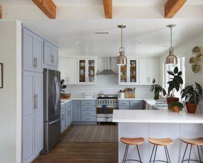 Artist s home, light bright, blue-grey kitchen, wood floors, huge yard, Costa Mesa, CA