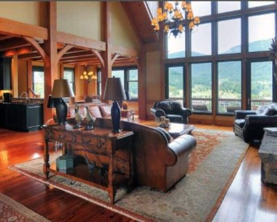 The Retreat-Luxurious Mansion in near AshevilleTryonHendersonville - Mill Spring