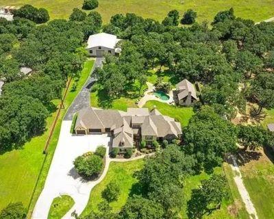 Upscale Estate Sale in Mansfield