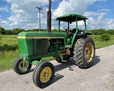 4430 John Deere Tractor w/4 Post ROPS