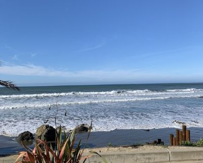 Beach Front Fun! Monthly Rental Rate for a great vacation! - Cayucos