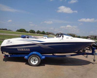 2002 Yamaha Boats LX 2000