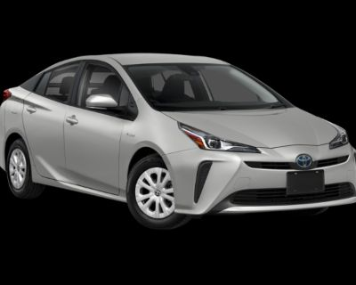 New 2022 Toyota Prius LE FWD Hatchback