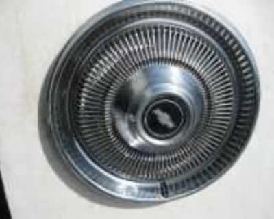 """1971-72 CHEVROLET FULL SIZE 15"""" HUBCAPS For Sale"""