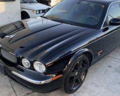 2005 Jaguar XJ R