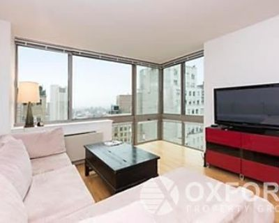 Luxury Room in Financial District Available