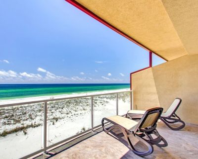 Spacious Gulf Front Townhome with amazing gulf views at Regency Cabanas! - Pensacola Beach