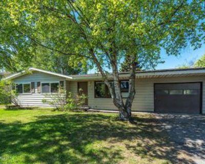 7040 Linden Cir, Anchorage, AK 99502 3 Bedroom House