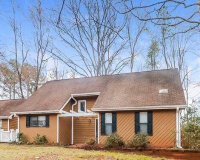 2845 Forest Wood Drive NE Marietta, GA 30066