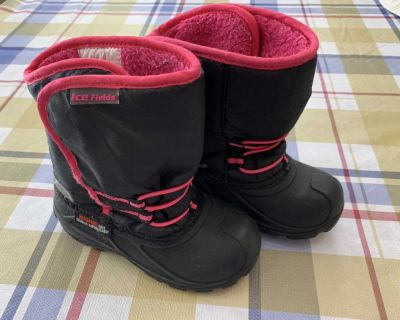 IceFields winter boot size 10