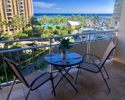 Ocean View/Beach Front Upgraded Condo At The Ilikai Hotel - Waikiki