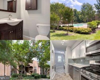 11256 Chestnut Grove Sq, Reston, VA 20190 2 Bedroom Apartment