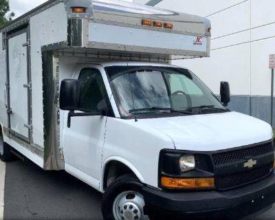 2010 Chevrolet Express Commercial Cutaway 4500 2WT
