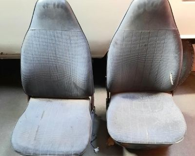 1973 Type 3 Front Seats - Pair