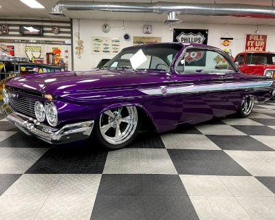 1961 Chevrolet Impala 2 DR. Coupe
