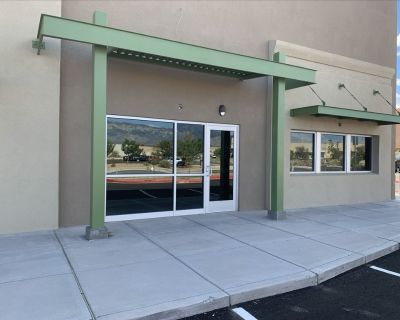 N I-25 Office/Warehouse. 5,000 sf Available Now!