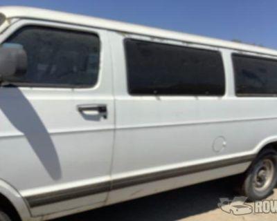 2000 Dodge Ram Wagon