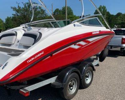 2015 Yamaha Boats AR210