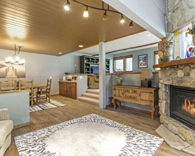 Welcome to the Grouse House! A spacious duplex close to world class skiing! - Eagle-Vail