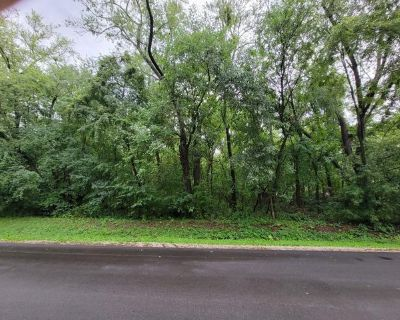 Plot For Sale In Spring Grove, Illinois