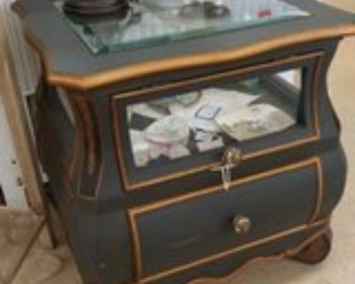 Display Case Table #2552-11