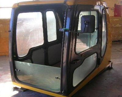 KOMATSU PC 200-6 Cabs Attachment