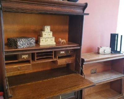 Memory Movers Estate Sales presents a lovely Peppertree NE area Estate Sale