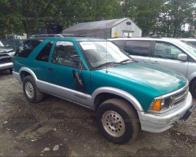 Salvage Green 1995 Chevrolet Blazer