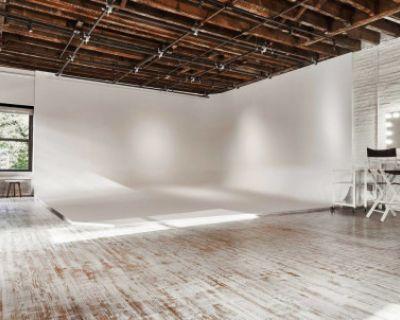 Midtown Cyclorama Studio, New York, NY