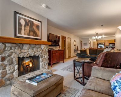 Prospector 536 by Moose Management-Hot Tub, Pool, Parking, 24hr Check-In - Park City