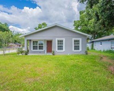 5951 W Central Blvd, Orlando, FL 32835 3 Bedroom Apartment