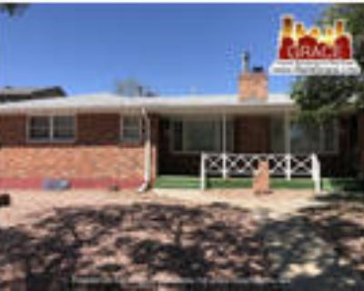 LEASE IN PROCESS DO NOT APPLY CHECK BACK 6/14~ 4BD/2BA Duplex in Edgewater!