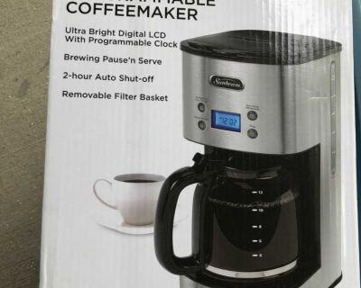 New Coffee maker no carafe