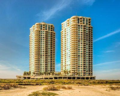Luxury Beachfront Condo - Galveston