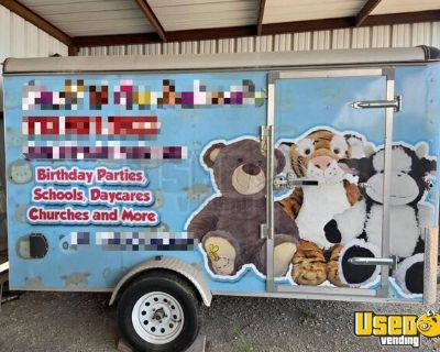 Turnkey Ready Mobile Stuffed Animal Workshop  / Toy Factory Party Trailer