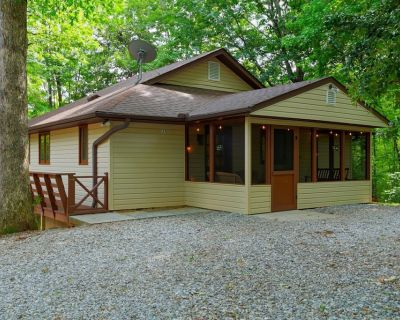 GiGi`s Mountain House - Newly-restored ranch-style house in downtown Helen - Helen