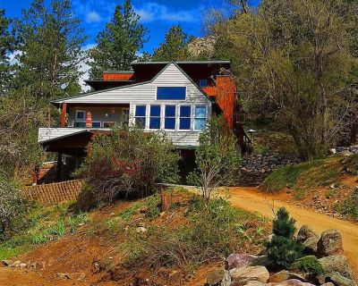Luxury Creekside Craftsman Home - Alpine Splendor 6 Mins to Pearl, The Hill & CU - Boulder County