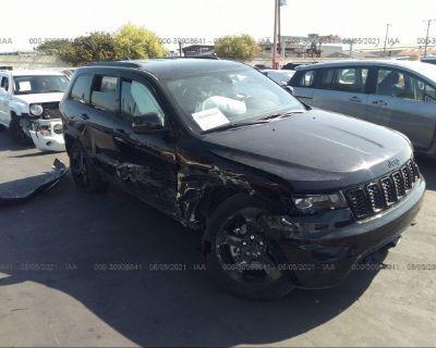 Salvage Black 2018 Jeep Grand Cherokee