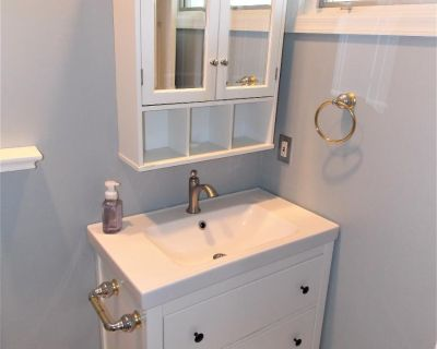Bathroom Vanity With Medicine Cabinet And Faucet
