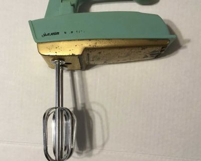 Vintage Sunbeam mixmaster teal and gold handheld electric 3 speed mixer no cord