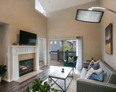 Luxury 2-Bedroom Townhome in North Atlanta