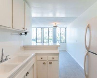222 Washington Ave #2, Santa Monica, CA 90403 1 Bedroom Apartment