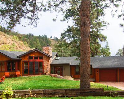 Elite Mountain retreat...towering pines, hiking, fishing, waterfalls & stream - Green Mountain Falls