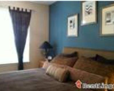 Studio apartment 2505 13th St Nw, Suite 102