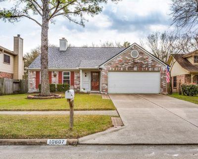 10607 Goldfield Lane, Houston, TX 77064