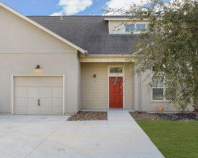 211 Circle Ct #211, Pleasanton, TX 78064 3 Bedroom Apartment