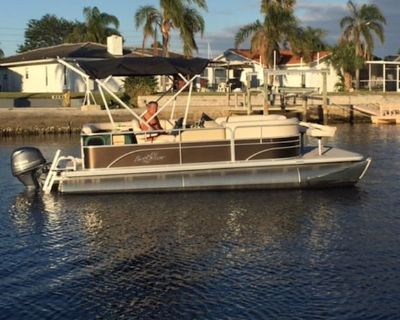 FREE boat for entire stay, heated pool, bikes, kayaks, grill and WIFI - Gulf Harbors