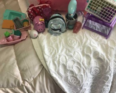 OG and American Girl Bathtub and Accessories