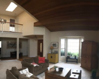 Roomy Suburban House with High Ceilings and Natural Light, Manhattan Beach, CA